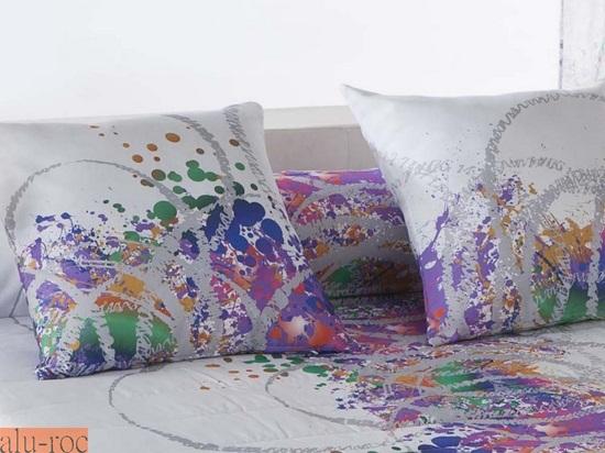 Coj n decoraci n splatter - Cojines para dormitorio ...