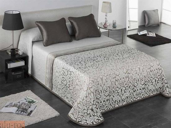 Colchas de todos los estilos y dise os para decorar tu cama - Como hacer una colcha de verano ...
