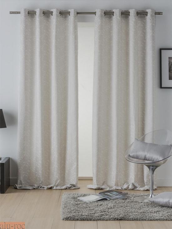 Cortinas flores daniela for Enganches para cortinas